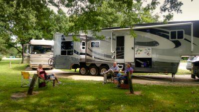 Camping in Adams, MN