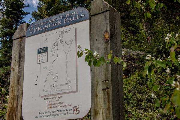 Trail Guide at Treasure Falls